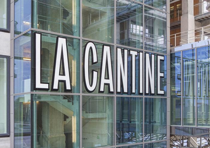 Magasins Généraux window signs 9