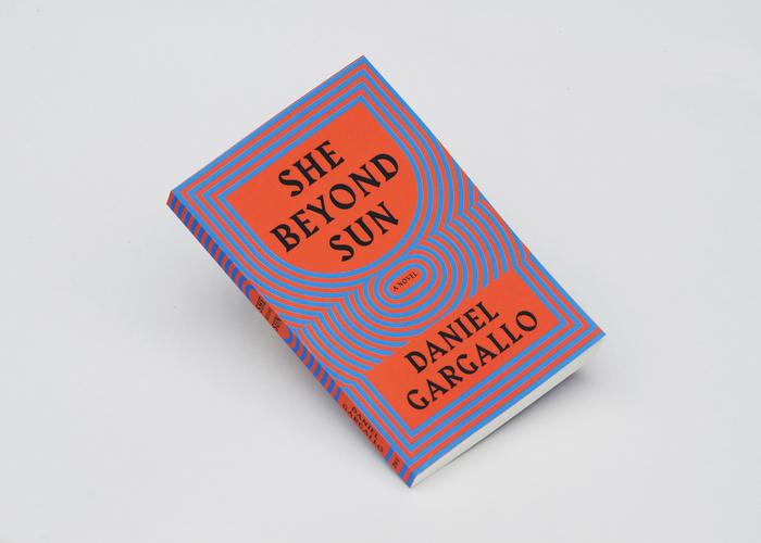 She Beyond Sun by Daniel Gargallo 3