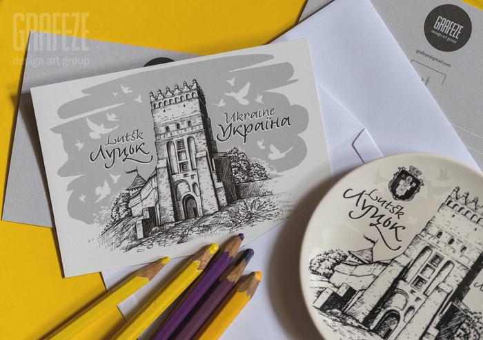 Lutsk set of decorative plates and postcards 3