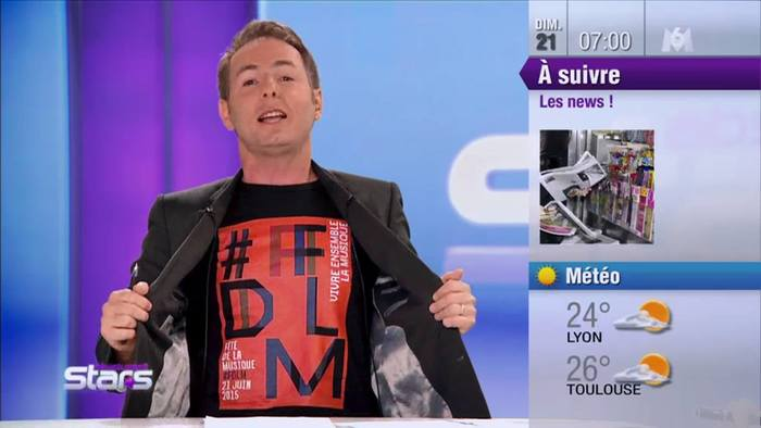 The Fête de la Musique is one of the most popular event of the year in France. Communication is massive! Here, the poster is featured on an anchorman's T-shirt on French television.