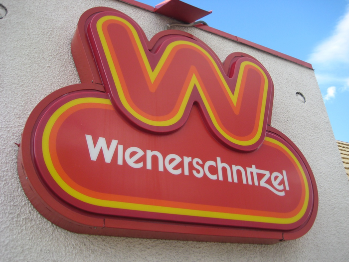 Wienerschnitzel logo (1978, 2009) 6