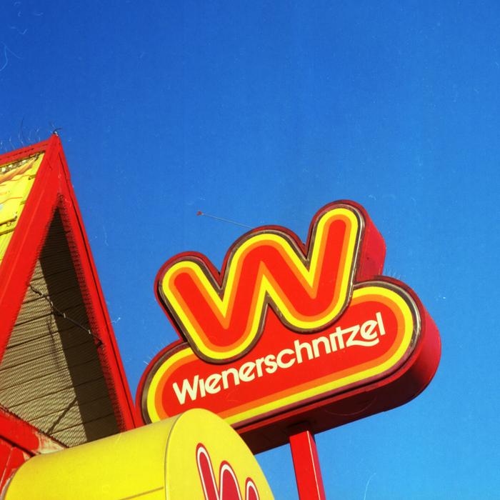 Wienerschnitzel logo (1978, 2009) 4