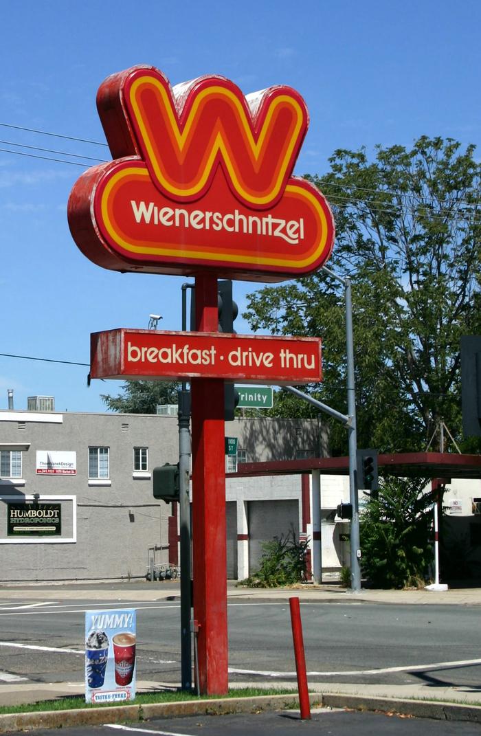 Wienerschnitzel logo (1978, 2009) 5