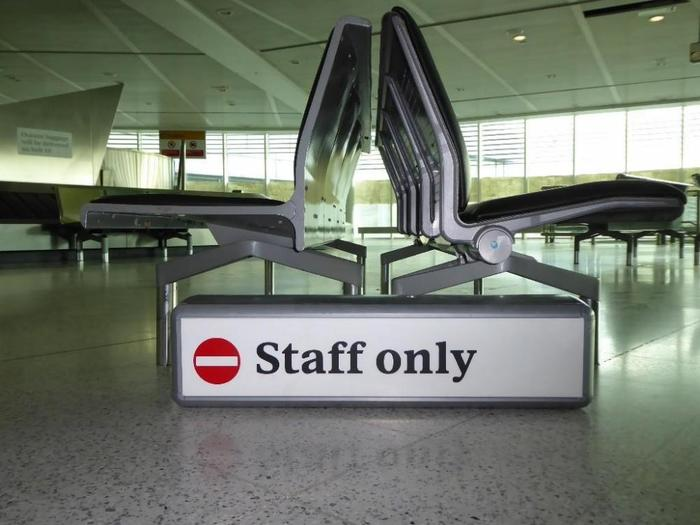 Heathrow Airport signs (2005–09) 10
