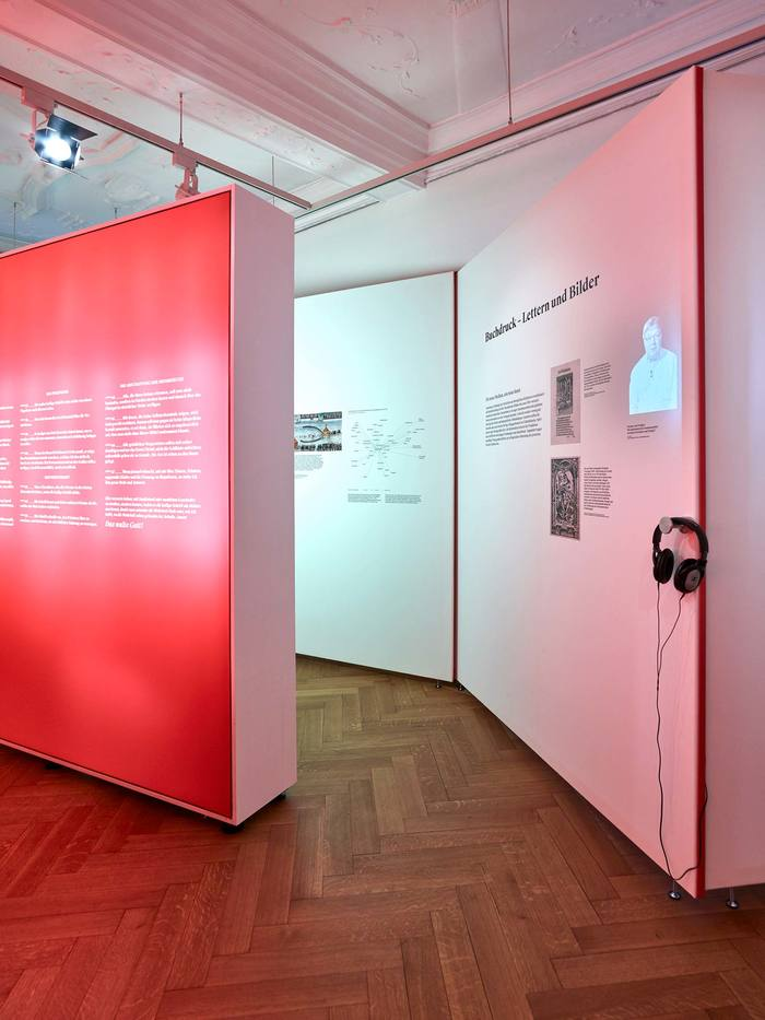 Das Wort exhibition at Strauhof 12