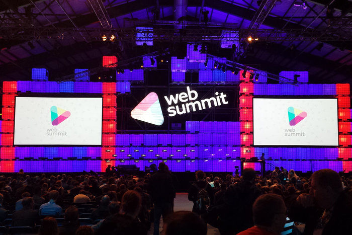 The Web Summit logo in use since 2015, with connected m's.