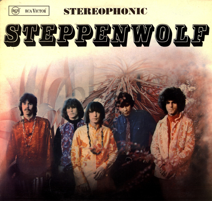 First German release of Steppenwolf. In early 1968 Dunhill was distributed in Germany through Telefunken Decca – RCA. Later that year Dunhill switched to EMI Electrola.