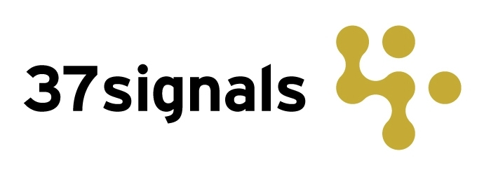 The first 37signals logotype was designed by Carlos Segura using Interstate. The accompanying mark — which survives today — was designed byAmmon Haggerty.