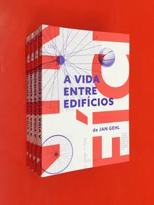 <cite>A vida Entre Edifícios</cite> – Jan Gehl