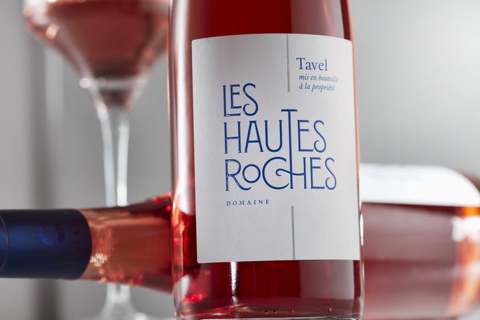 Les Hautes Roches wine label 2