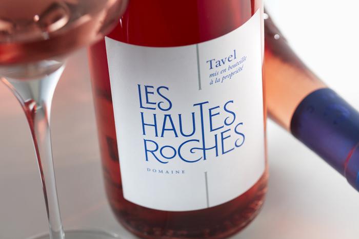 Les Hautes Roches wine label 3