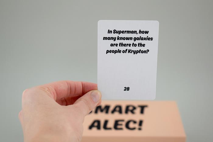 Smart Alec! card game 3