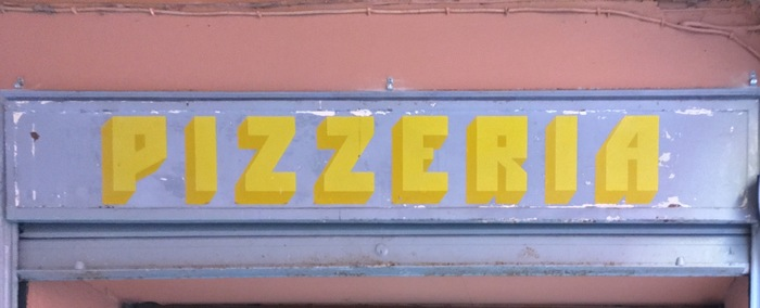 La Mela trattoria pizzeria signage 1