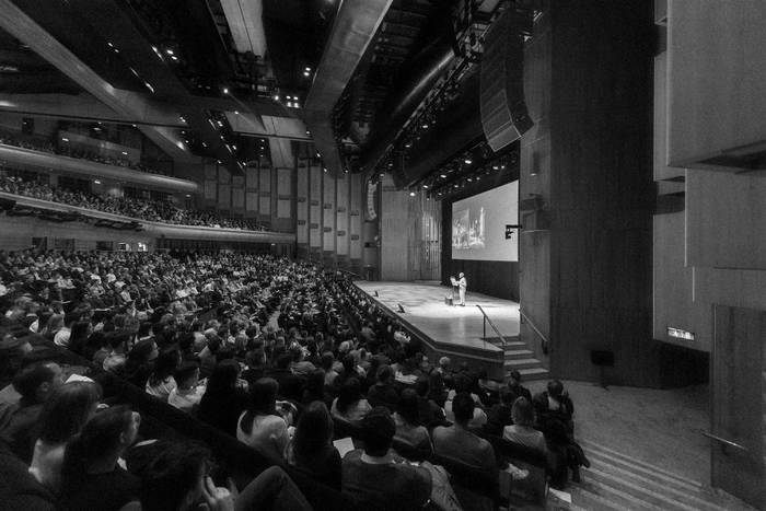 Norman Foster speaking at Architecture on Stage in the Barbican Concert Hall