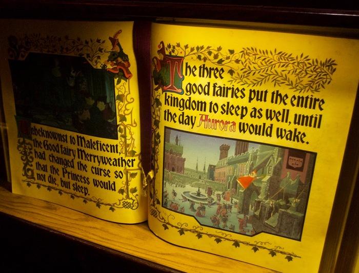 Sleeping Beauty Castle Storybook 5