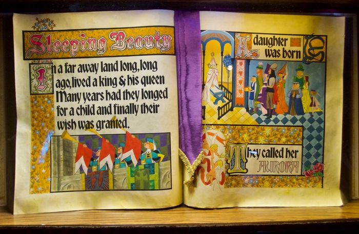 Sleeping Beauty Castle Storybook 2