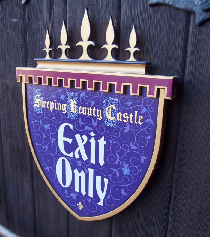 Sleeping Beauty Castle Storybook 10