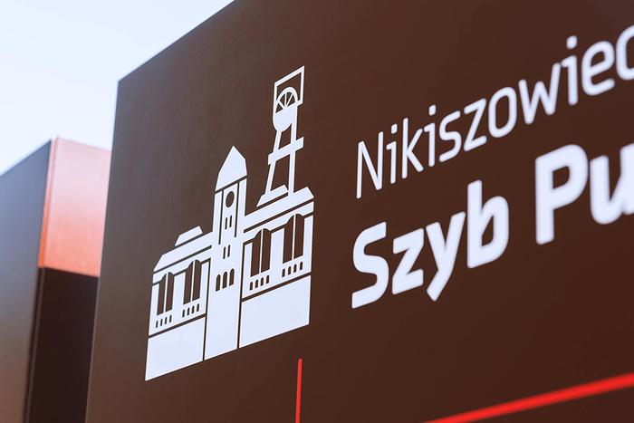 Wayfinding system in Nikiszowiec 1