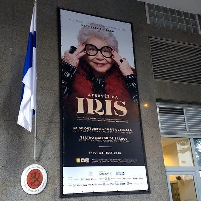 Através da Iris 6