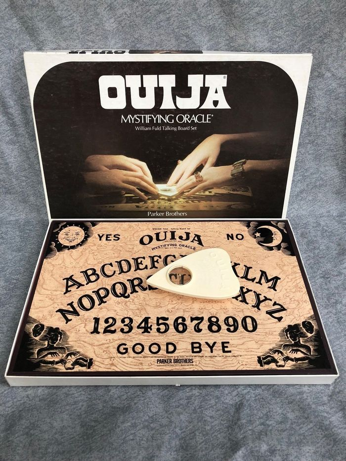 Parker Brothers Ouija packaging (1972 edition) 1