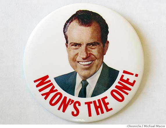 Richard Nixon 1968 presidential campaign buttons 3
