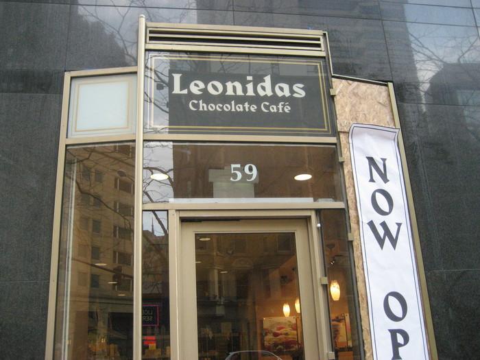 Leonidas Chocolate Café, Chicago.