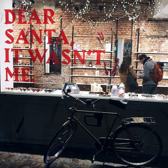 Jimmy Fairly, Christmas window display 2