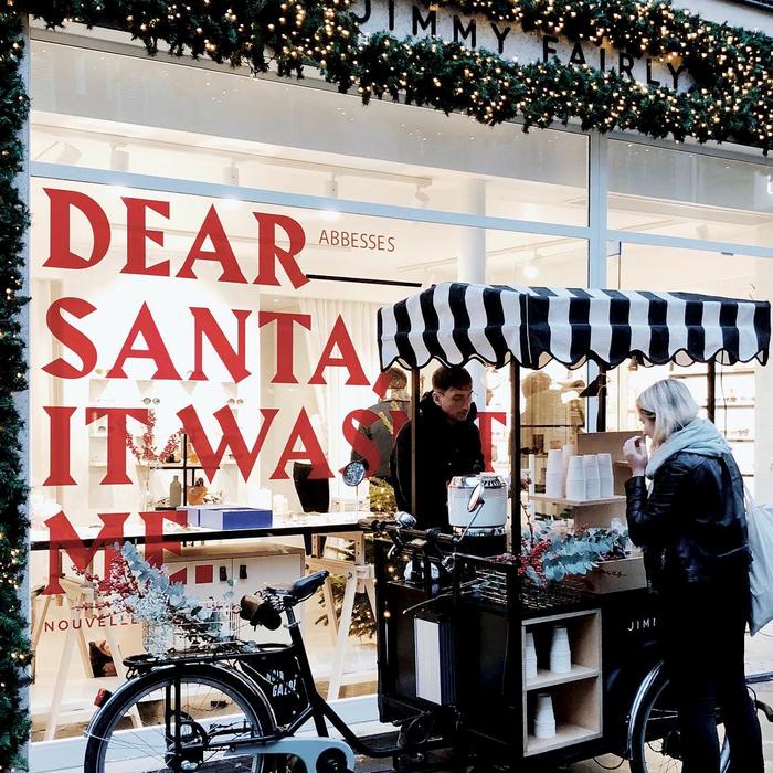 Jimmy Fairly, Christmas window display 3