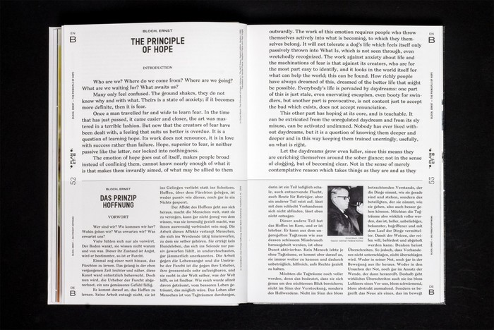 The serif used for the texts on this spread is Bagnard.