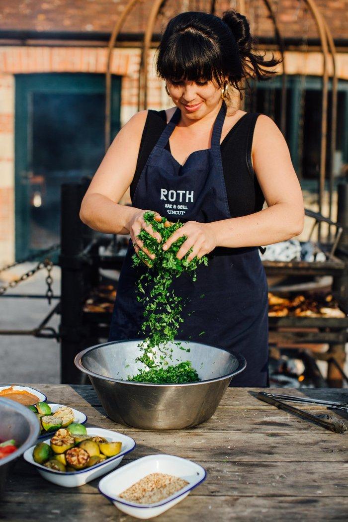 Roth Bar & Grill 10