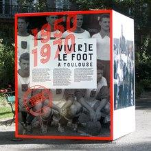 <cite>Viv[r]e le foot à Toulouse</cite>