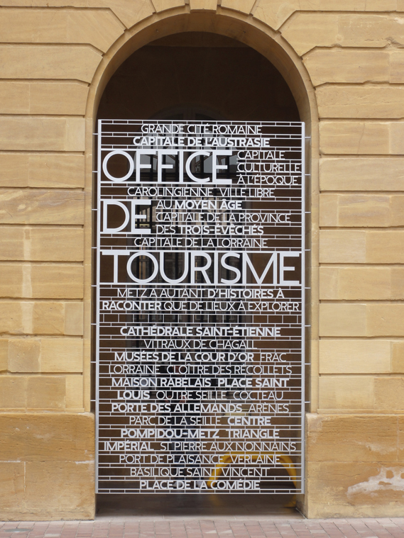 Centre Pompidou Metz signage system 2
