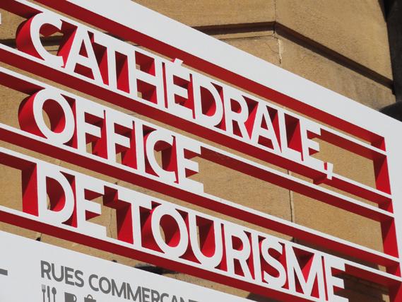 Centre Pompidou Metz signage system 4