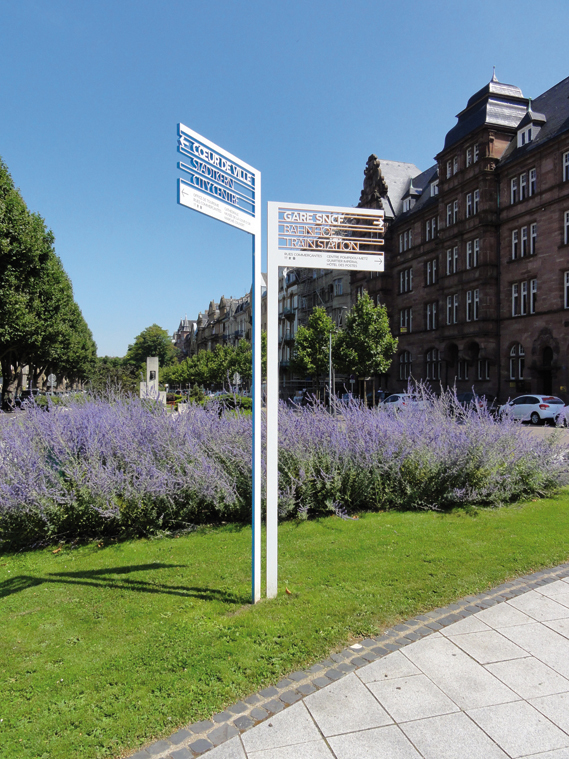 Centre Pompidou Metz signage system 5