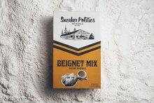 <span>Politics x Saucony x Café Du Monde</span>