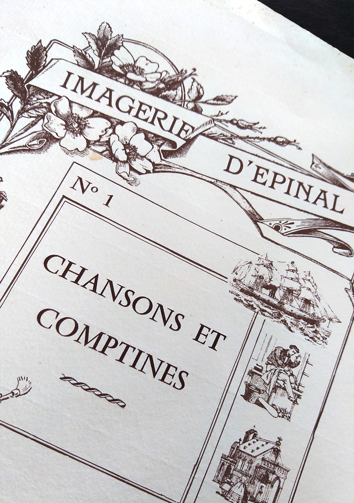 Close-up of the sleeve. ITC Barcelona is used for the label and Vendôme for the title.