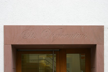 St. Vincentius entrance lettering, Heidelberg