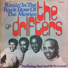 """The Drifters – """"Kissin' in the Back Row of the Movies"""" German single cover"""