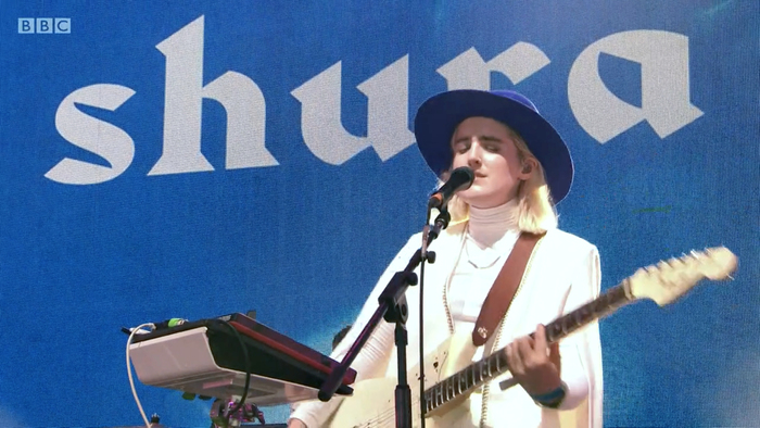 Shura performing in Glastonbury, 2019