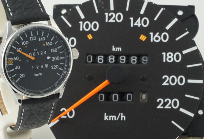 The iconic W124 speedometer design has been adopted for watches, too.
