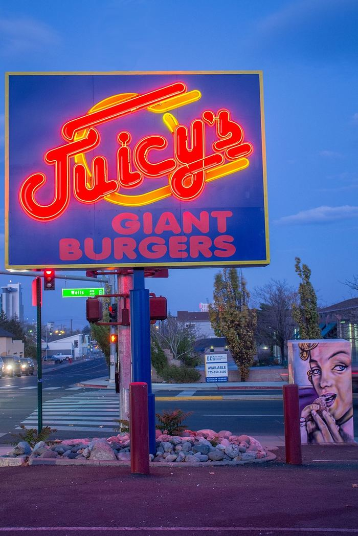 Juicy's Giant Burgers 2