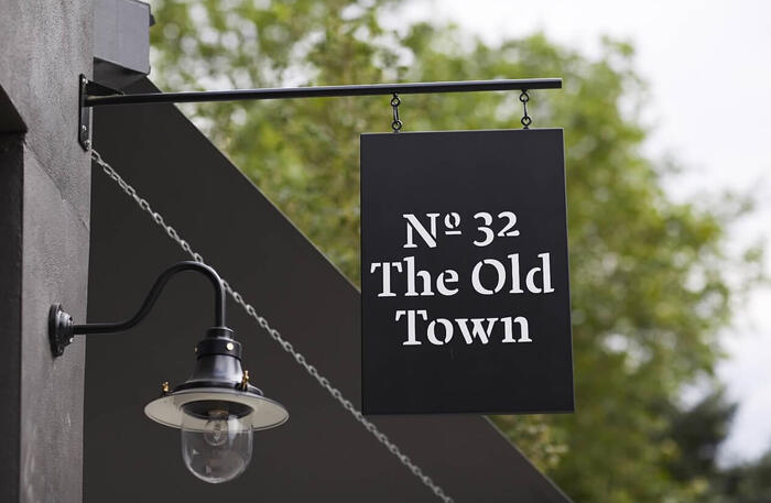 No. 32 The Old Town 5