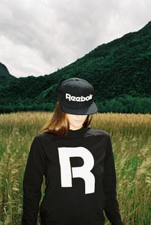"""""""R"""" Reebok longsleeve"""